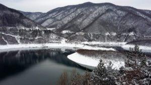 Язовир Въча през зимата