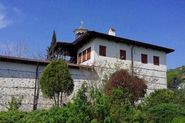 Rozhenski manastir