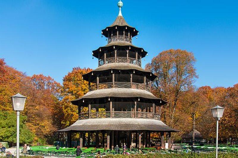 Китайската кула в Английската градина на Мюнхен